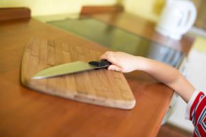 Дети и режущие предметы