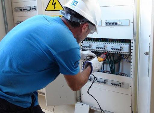 опасности электроустановок