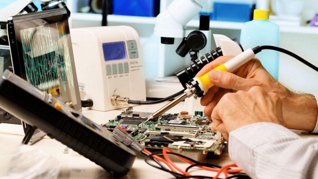 техобслуживание оборудования приборов