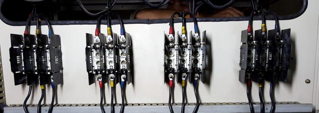 Проверка соединений заземлителей с заземляемыми элементами